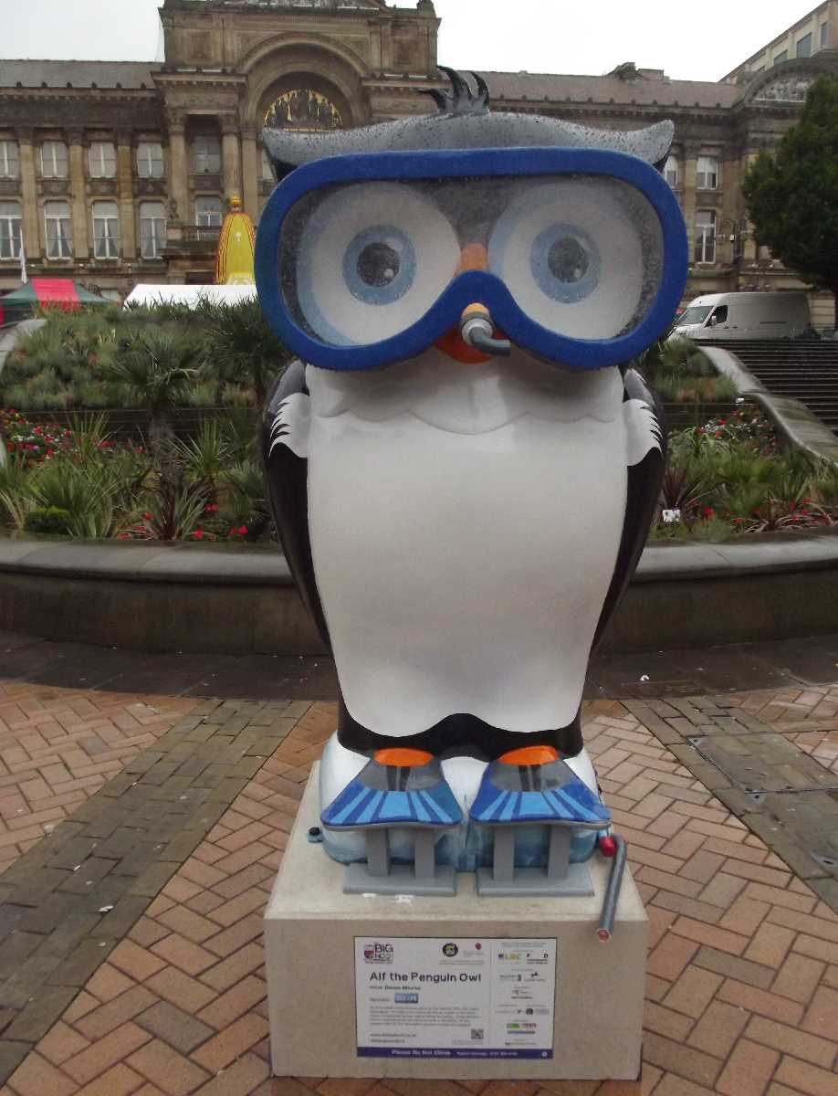 The Big Hoot Victoria Square